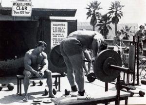 foto 14 - Franco Columbu bent over row