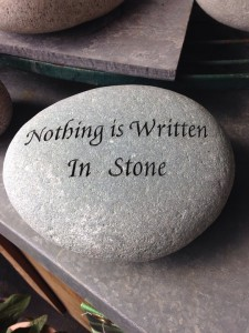 nothing-is-written-in-stone-527756_960_720